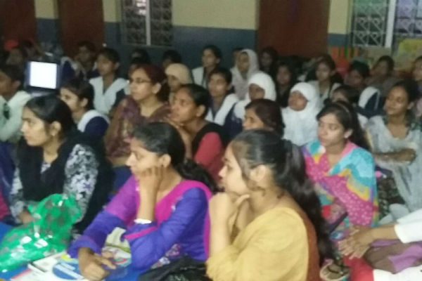 "Dr Majeed Foundation Conducted 'Health Awareness Seminar & Career Building Program' at Pharmacy Department of ( M.I.T. ) Moradabad Institute Of Technology For The Project ""Learn & Earn"""